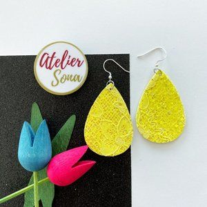 Lacy Tear Drop Earrings - Yellow